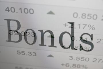 Public debt – Banks win, Households lose